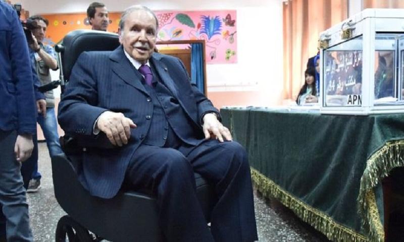 Algeria's Bouteflika asks 'forgiveness'