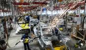 Putin opens Mercedes plant in Russia