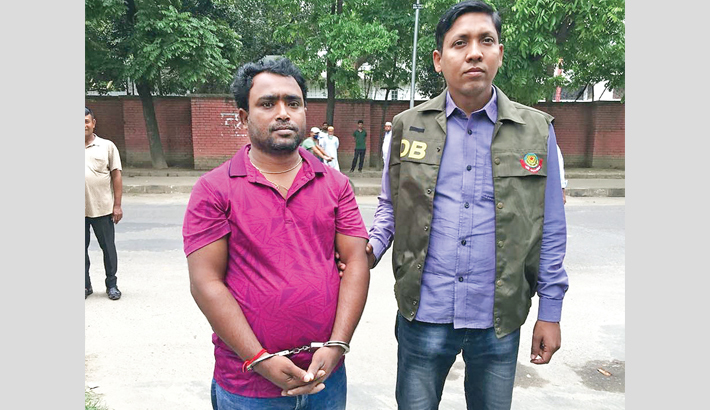 Detective produces Gopal Nandi Karmakar, owner of Suprovat Paribahan