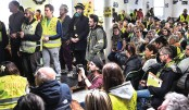 "People take part in the second ""assembly of assemblies"" of the ""yellow vests"""