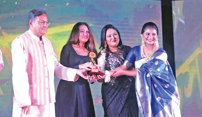 BACHSAS Awards: Debi takes the whole show!