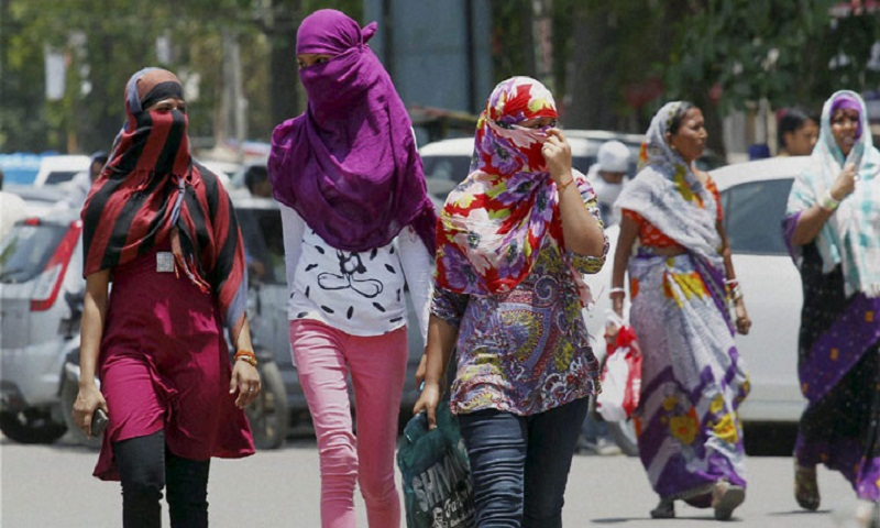 Heat wave continues in India