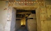 Egypt tomb: Mummified mice found in 'beautiful' ancient chamber