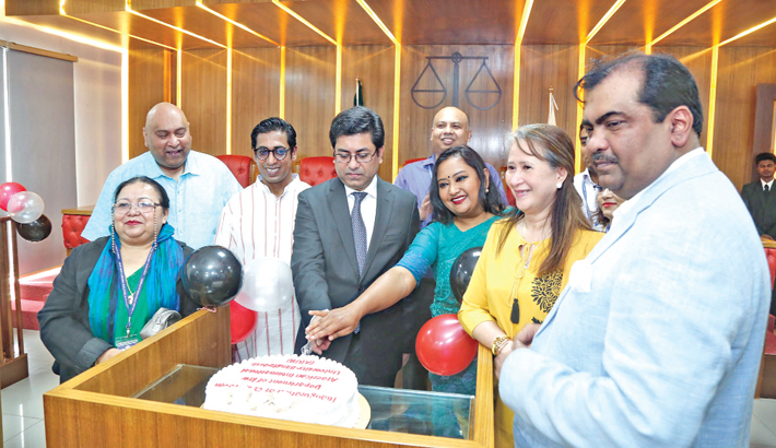 Moot court room launched at AIUB