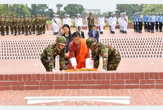 Bhutanese PM pays tribute to Bangabandhu, war martyrs