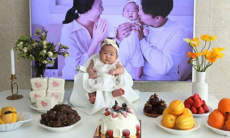 South Korean babies born December 31 become 2-year-olds next day