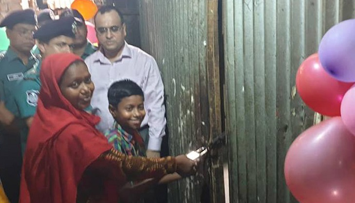 The brave boy Nayeem gets a rent-free room from DMP
