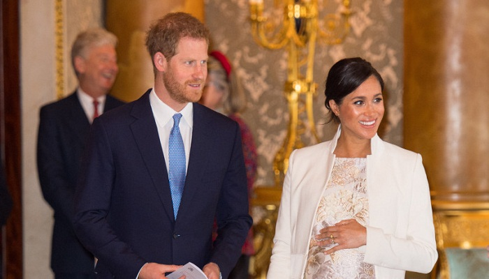 Meghan may avoid the spotlight and give birth to her royal baby at home
