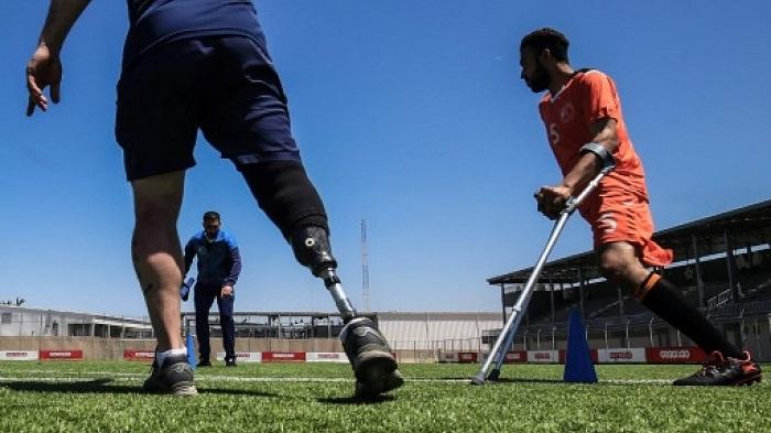 Gaza amputees tackle trauma with football