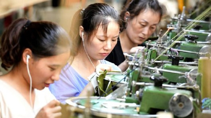 China growth beats forecasts as economy shows signs of stability