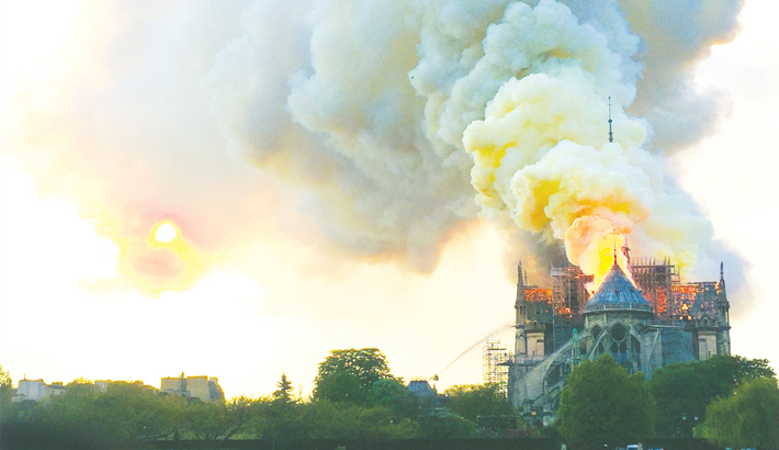 Notre-Dame counts cost  after devastating fire