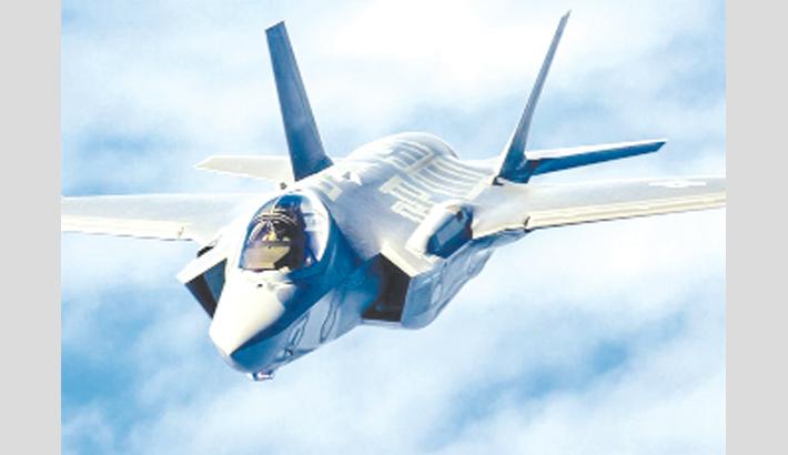 Japan, US struggle to find crashed jet and its 'secrets'