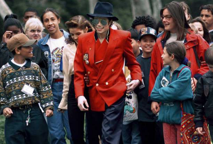 Michael Jackson estate hits back at 'Leaving Neverland'