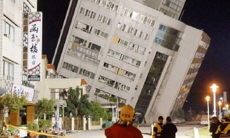 Strong quake hits east Taiwan, rattles buildings in capital