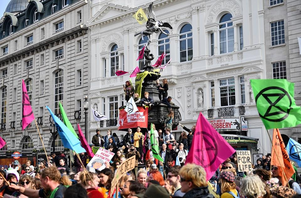 London climate protests continue; over 300 held
