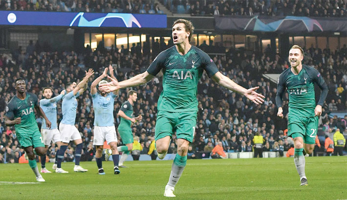 Spurs stun City