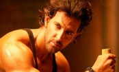 Hrithik Roshan posts new workout video, ex-wife Sussanne Roshan says 'you look hotter than you were 20 years ago'