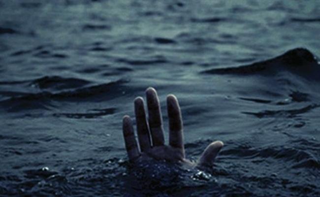 3 drown in Padma River