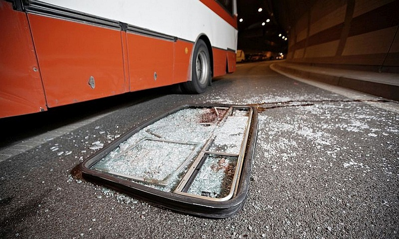 Seven killed, 34 injured after bus rams into truck on Agra-Lucknow Expressway