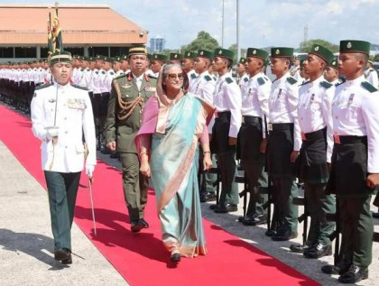 Brunei rolls out red carpet for Prime Minister