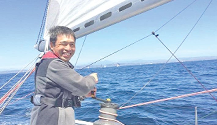Blind sailor completes Pacific voyage