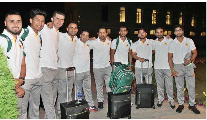 Pakistan cricket team leaves for England