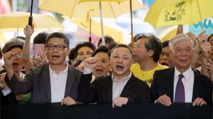 Hong Kong 'Umbrella' protesters sentenced to jail terms