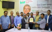 Mustafa Jabbar honoured with BIJF lifetime membership