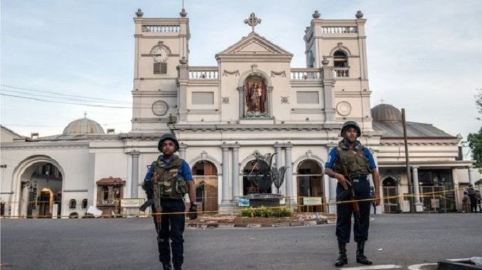 Sri Lanka attacks: IS 'may be linked', government says