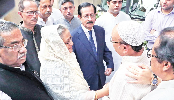 PM visits Sheikh Selim's residence to console family