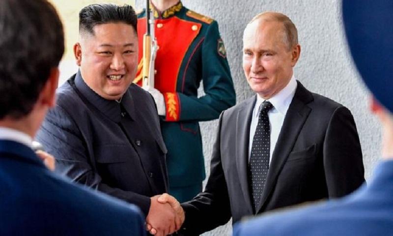 Vladimir Putin and Kim Jong-un pledge stronger ties in Vladivostok