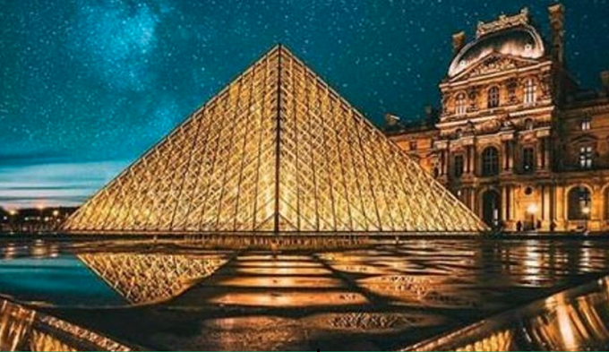 Paris's Louvre museum: Eight centuries of history