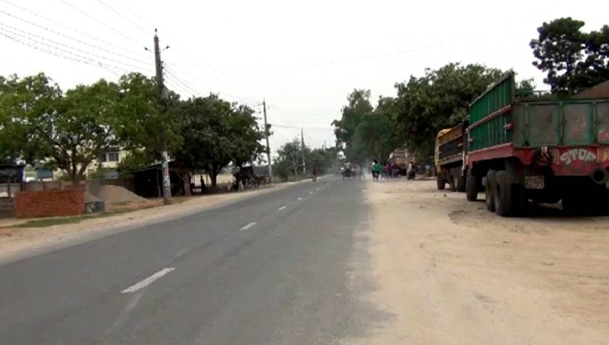 Indefinite transport strike begin in 8 northern districts