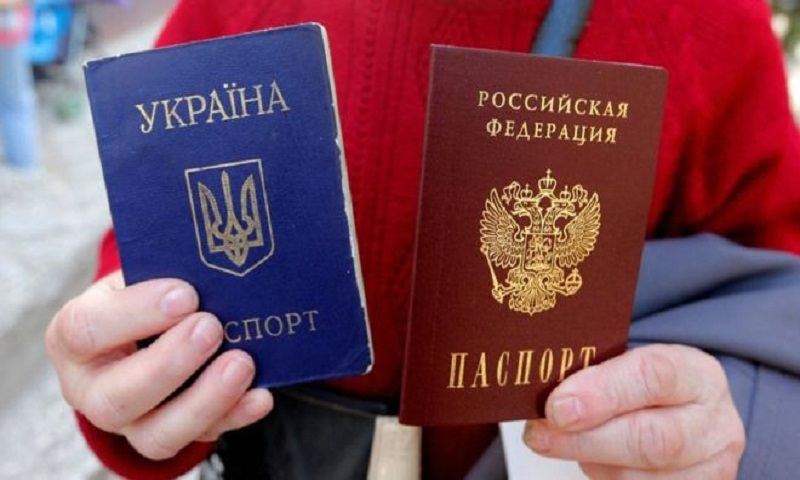 Putin mulls easing Russian passport rules for whole Ukraine