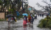 Cyclone Fani uproots trees, triggers heavy rains in West Bengal