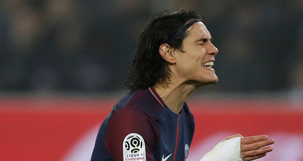 Cavani fluffs late penalty to compound PSG misery in Nice draw