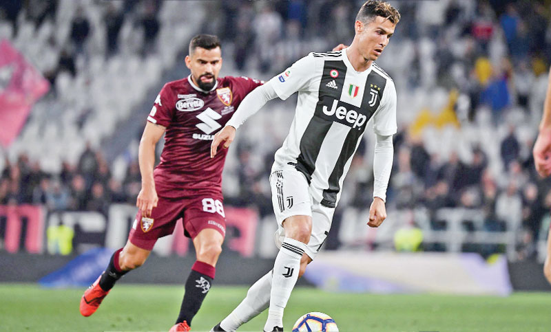 'Phenomenon' Ronaldo stretches Torino's wait