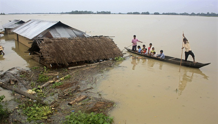 Shyamnagar people at risk of flooding