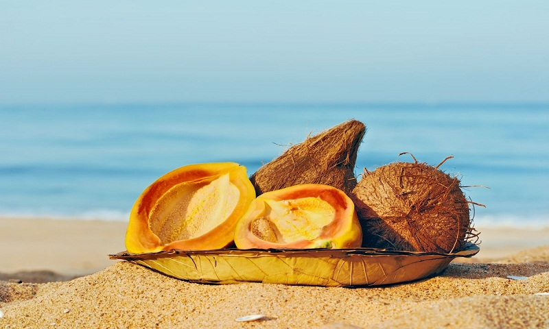 Five cooling foods to rehydrate your skin in summer