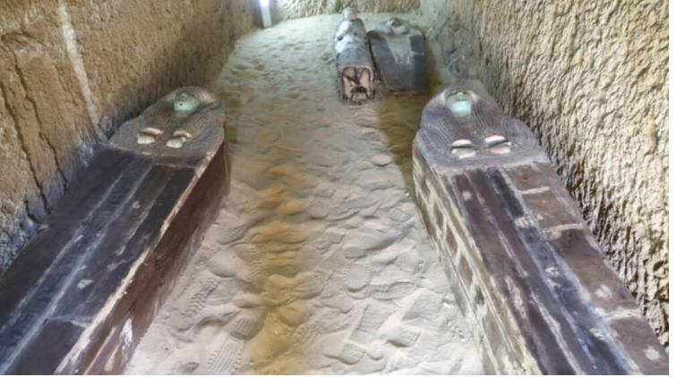 Ancient cemetery found at Giza famed pyramids