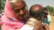 Jharkhand man carries 105-year-old mother to polling booth