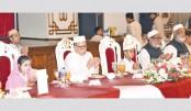 President hosts iftar for orphans, Islamic scholars