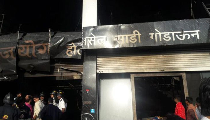 Fire at clothing warehouse kills five in India