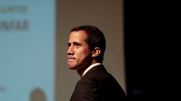 Guaido's deputy arrested, dragged away by tow truck