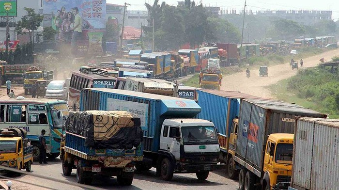 No heavy vehicle to ply highways for 3 days before and after Eid