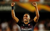 Aubameyang hat-trick as Arsenal sweep into Europa League final