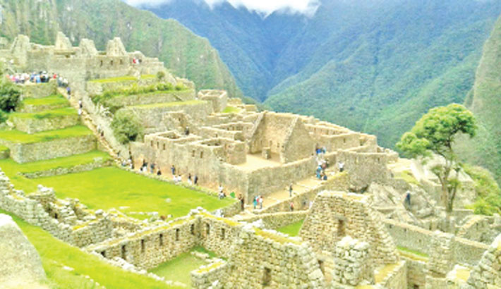 Peru to limit Machu Picchu access to prevent deterioration