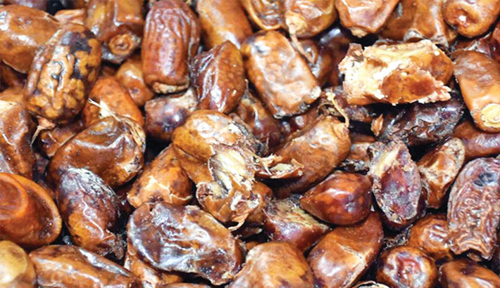 Date-expired, rotten dates flood markets