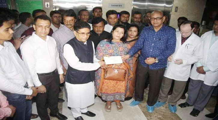 PM gives financial assistance to ATM Shamsuzzaman