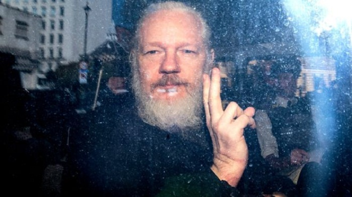 Julian Assange: Sweden to announce decision on rape case